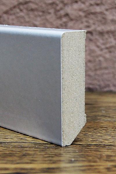 Cokół MDF R3::Cokoły białe lub kolorowe z palety RAL lub NCS